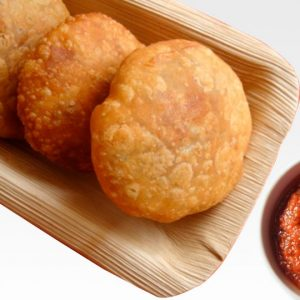 Perfect Combo – Hot Kachori with Tangy Chutneys